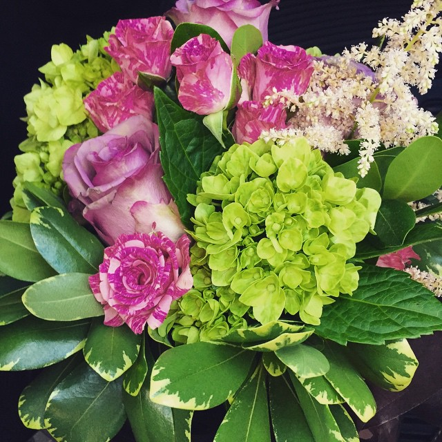 🌷🌸 Beautiful arrangement by @floresta_nyc #happybirthdayauntstephie #longislandcity #lic #heartofqueens #shoplocal (at Floresta NYC)