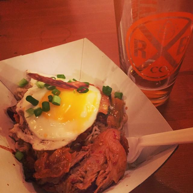 This kimchi ramen @kimchismoke @rockawaybrewco is phenomenal #lic #popup (at Rockaway Brewing Company)
