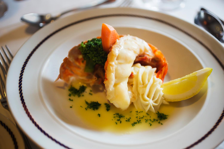 Dining LobsterKZ2A5838.jpg