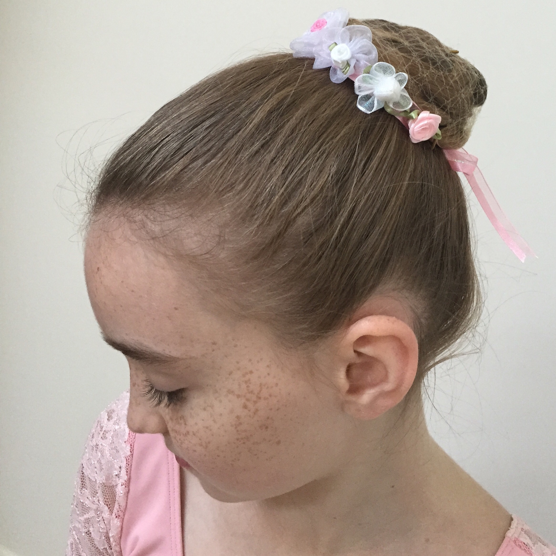 BunFun™ - Ballet Bun Flower Wreath
