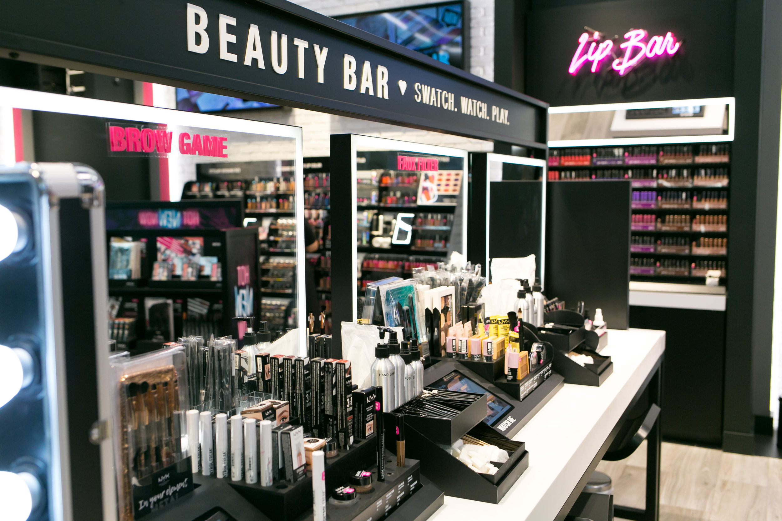 NYX Store Opening 9.29.17 - Kendra Marie Photography (15 of 183).jpg