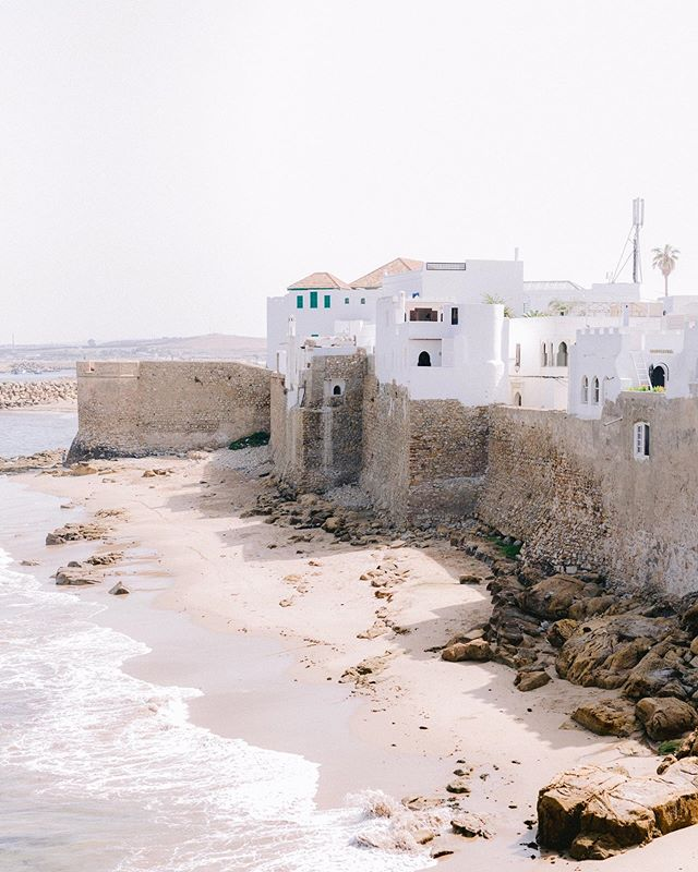 Good morning friends! It's a beautiful Friday morning and as my little family heads out on a new adventure today, I wanted to share another one of my favorite places we've been to - Asilah, Morocco! A beautiful and quaint coastal town with amazing history and views! Definitely a must if you are ever in Morocco. What are some of your favorite but less typical places you've visited?  #austinweddingphotographer #shesaidyes #thatsdarling #weddings #fineartwedding #organicwedding #lightandairy #elegant #weddinginspiration #outdoorwedding #naturalweddinginspiration #weddingdetails #heirloomweddings #bridalinspiration #classictimelesswedding #fineartweddinginspiration #fineartcouple #elegantweddingphotographer #elegantweddingphotography #beltonweddingphotographer #beltonweddings #Georgetown #ruffledblog #stylemepretty #stylemeprettyblog #oncewed