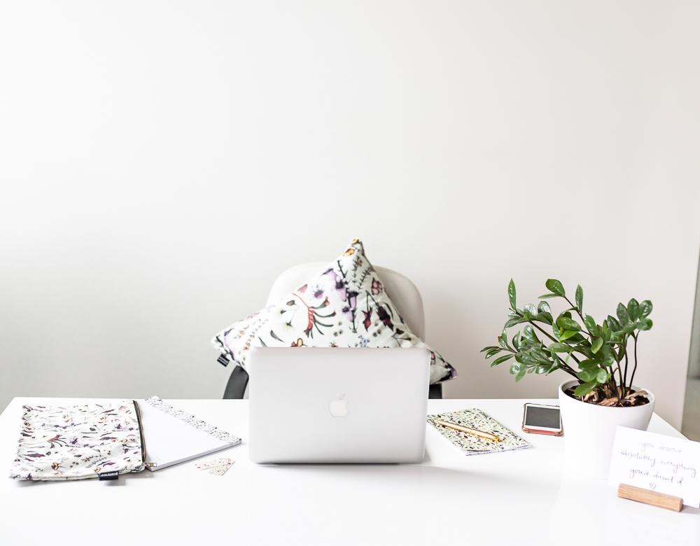 Kelly Kratzing - Wildflower Desk Layout.jpg