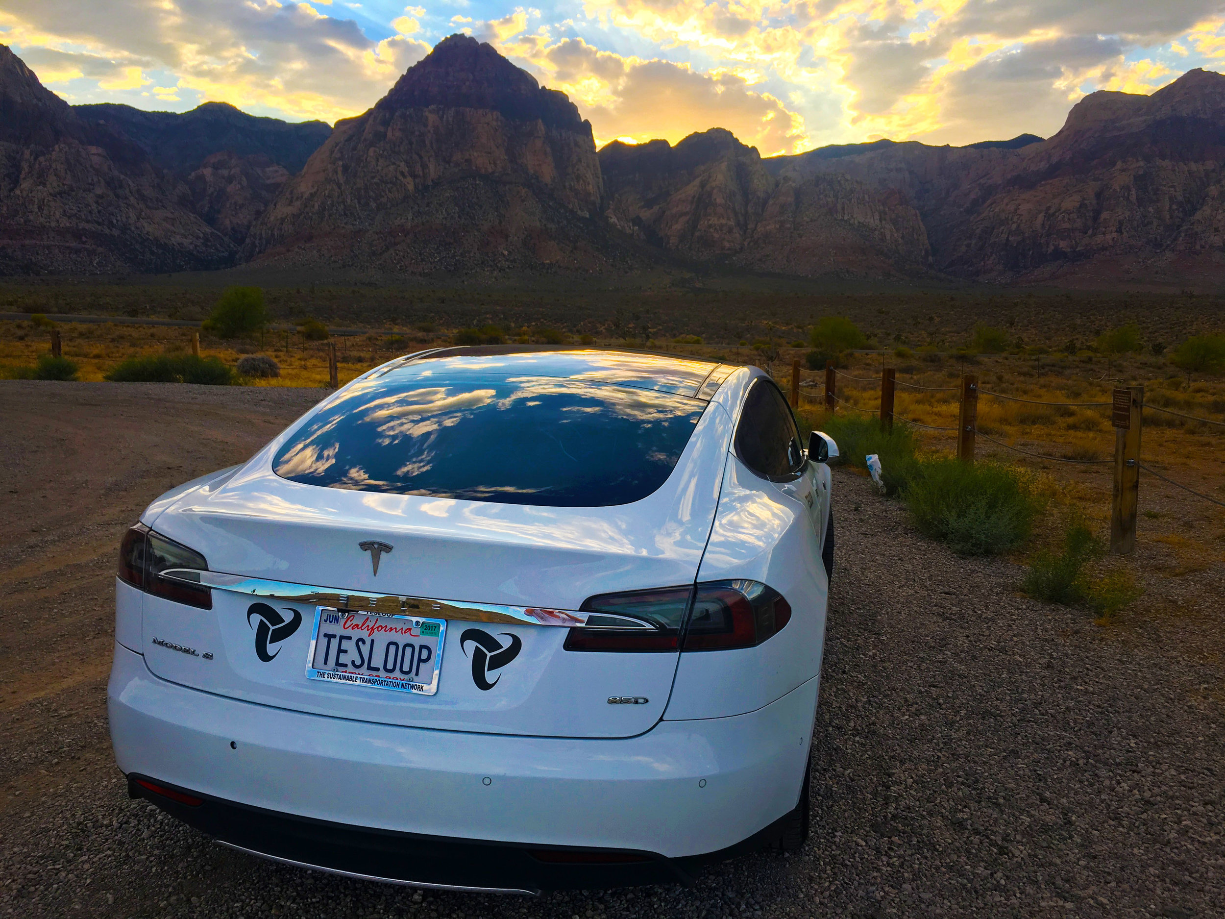 eHawk, Tesloop's first fleet vehicle, which just reached 300,000 miles.