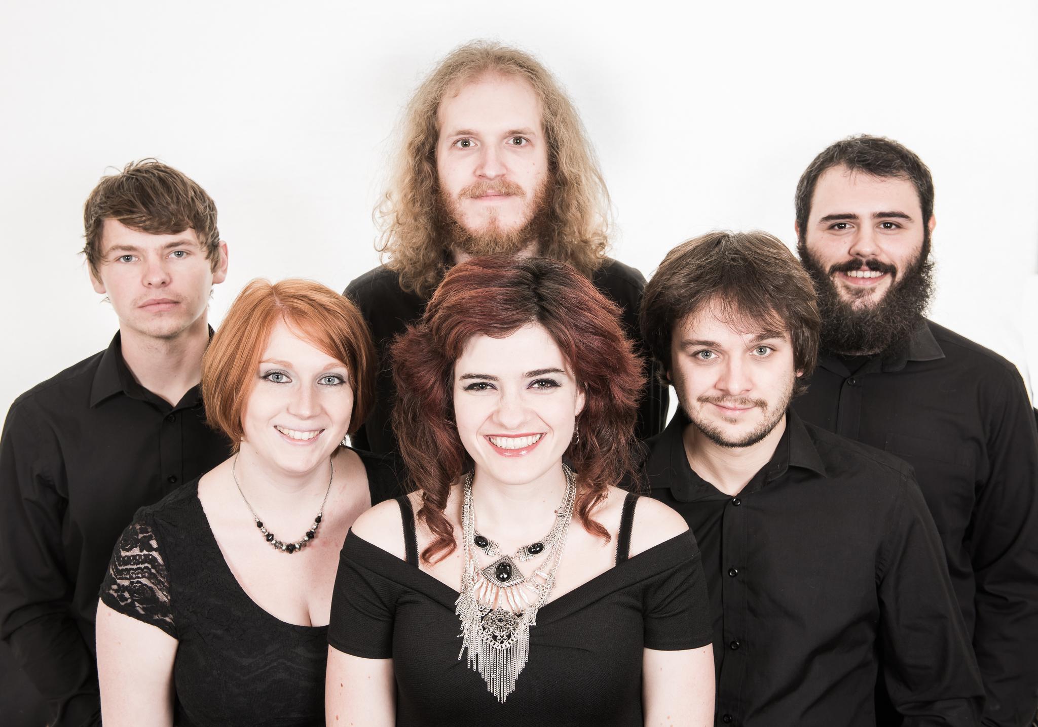 wedding band wales- 2.JPG