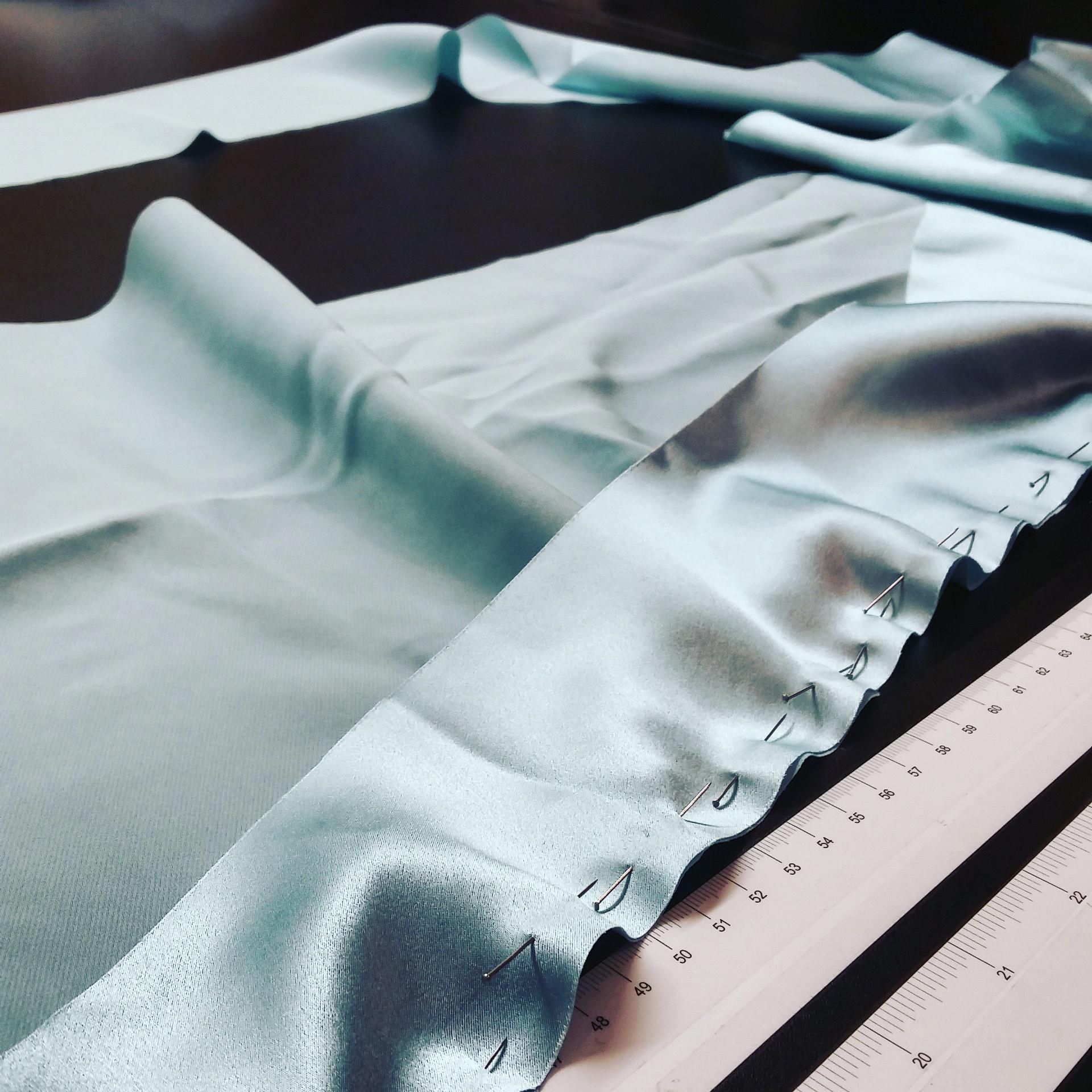 Using silk pins