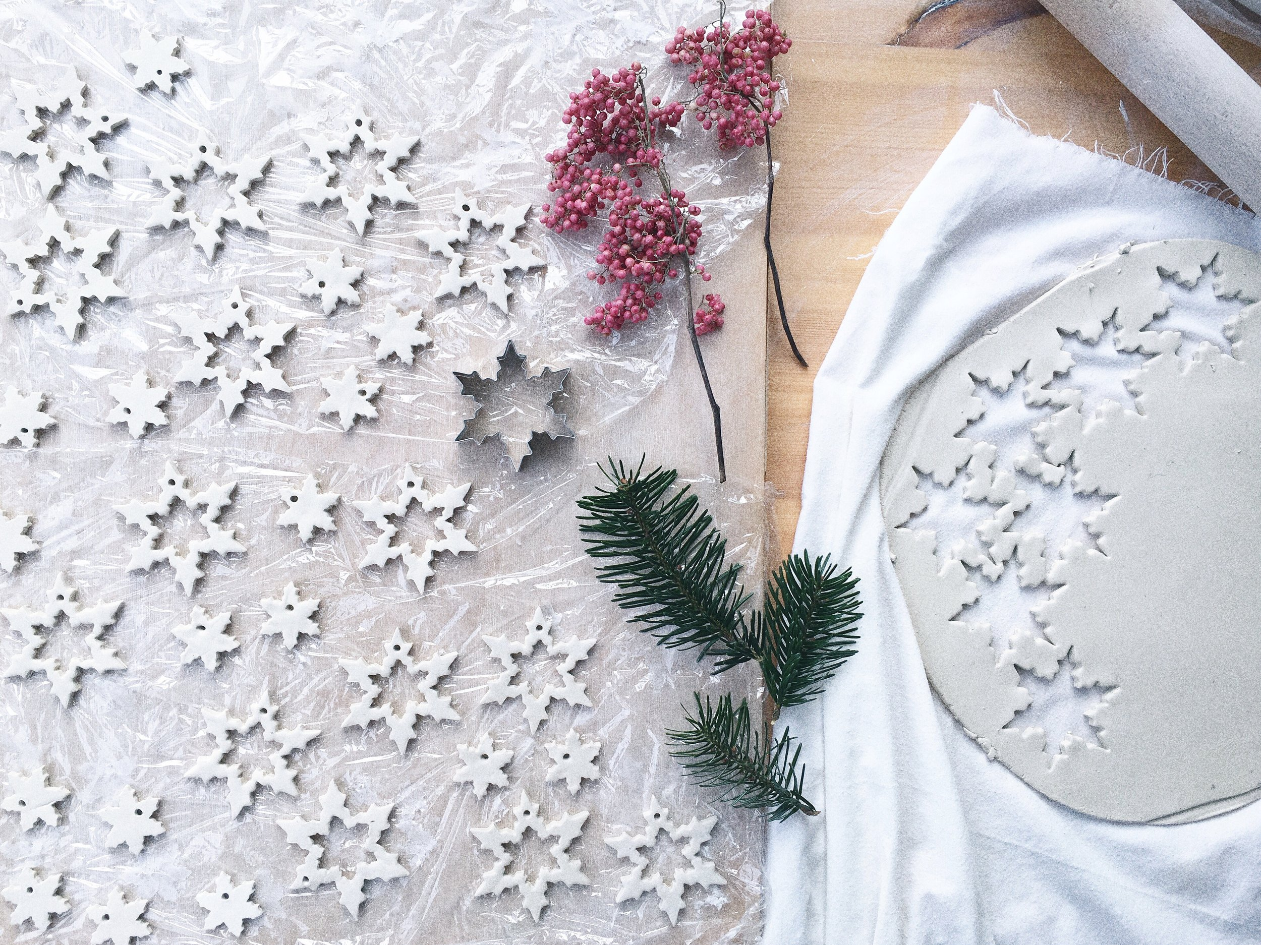 Make clay Christmas decorations workshop