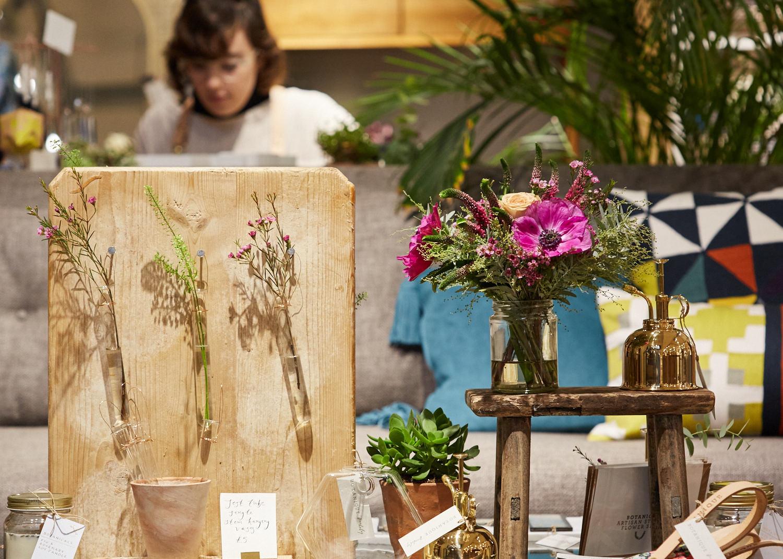 Botanique Workshop 's stand / Photo:  Yeshen Venena