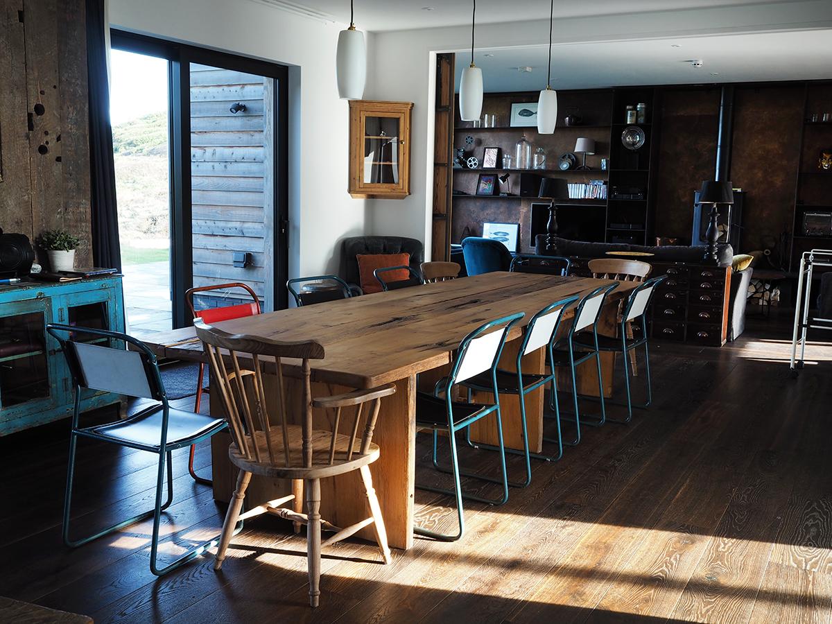 Barford beach house living space