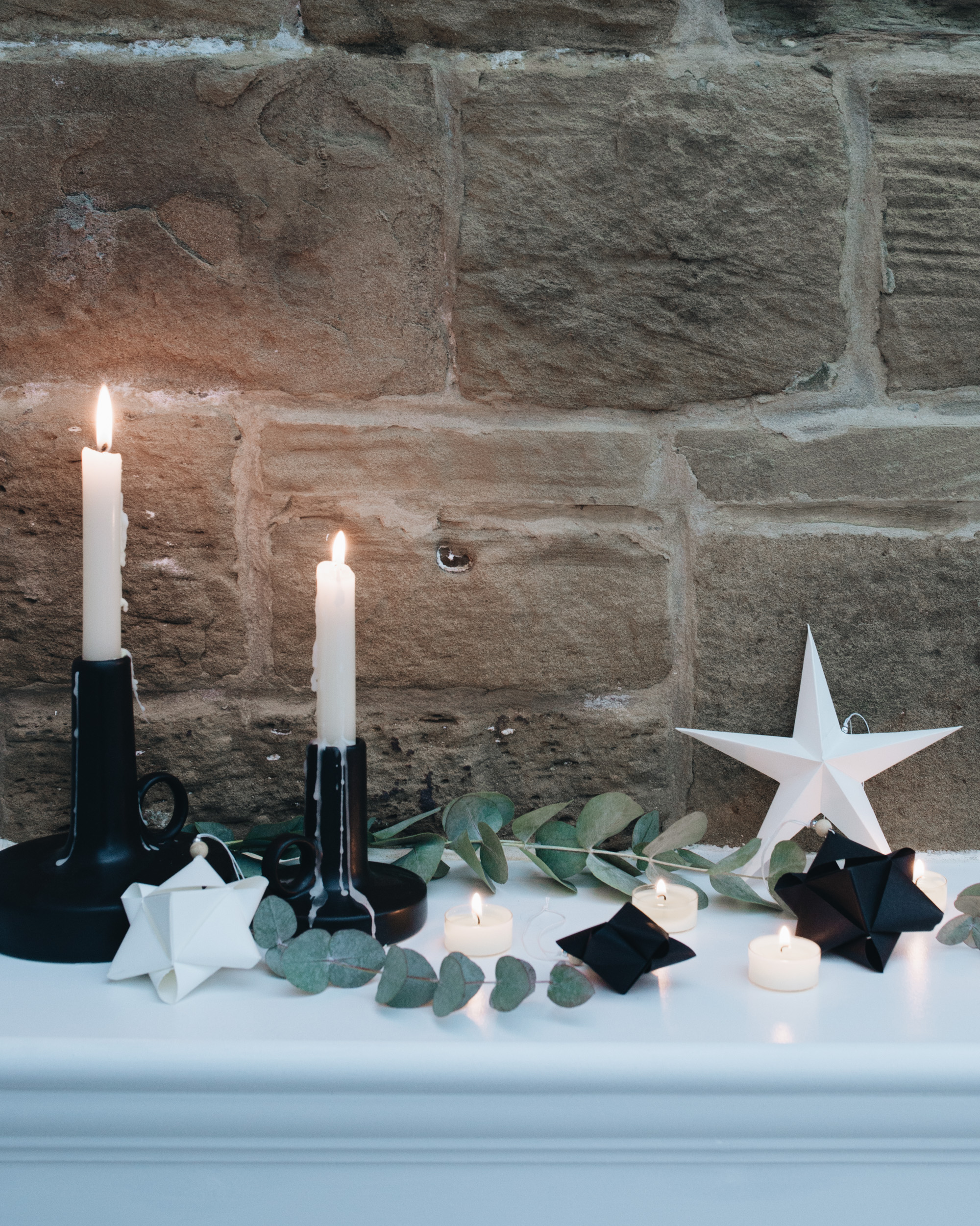 minimal Christmas decorating ideas