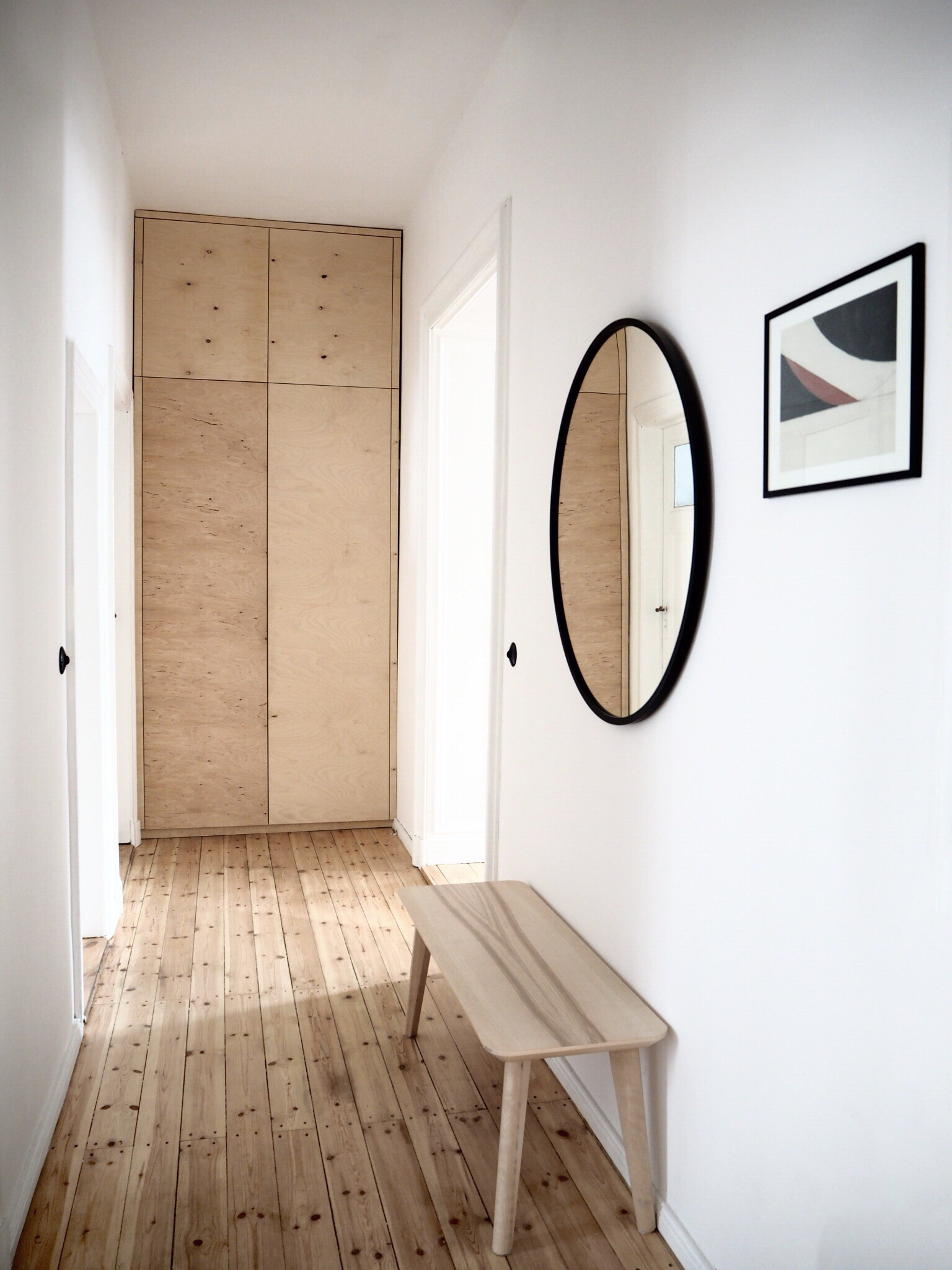 Selina Lauck - home tour - hallway