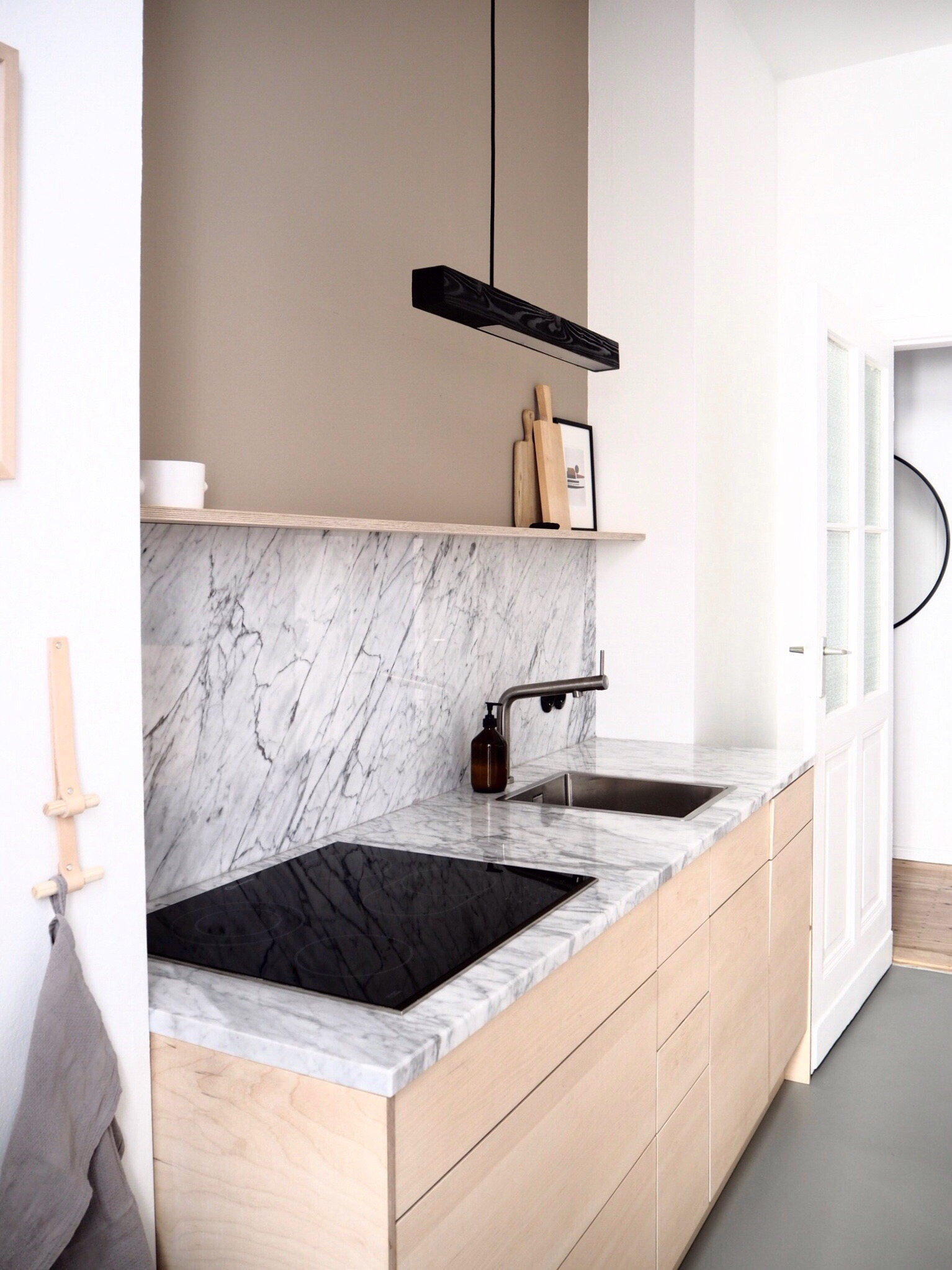 Selina Lauck- home tour - kitchen