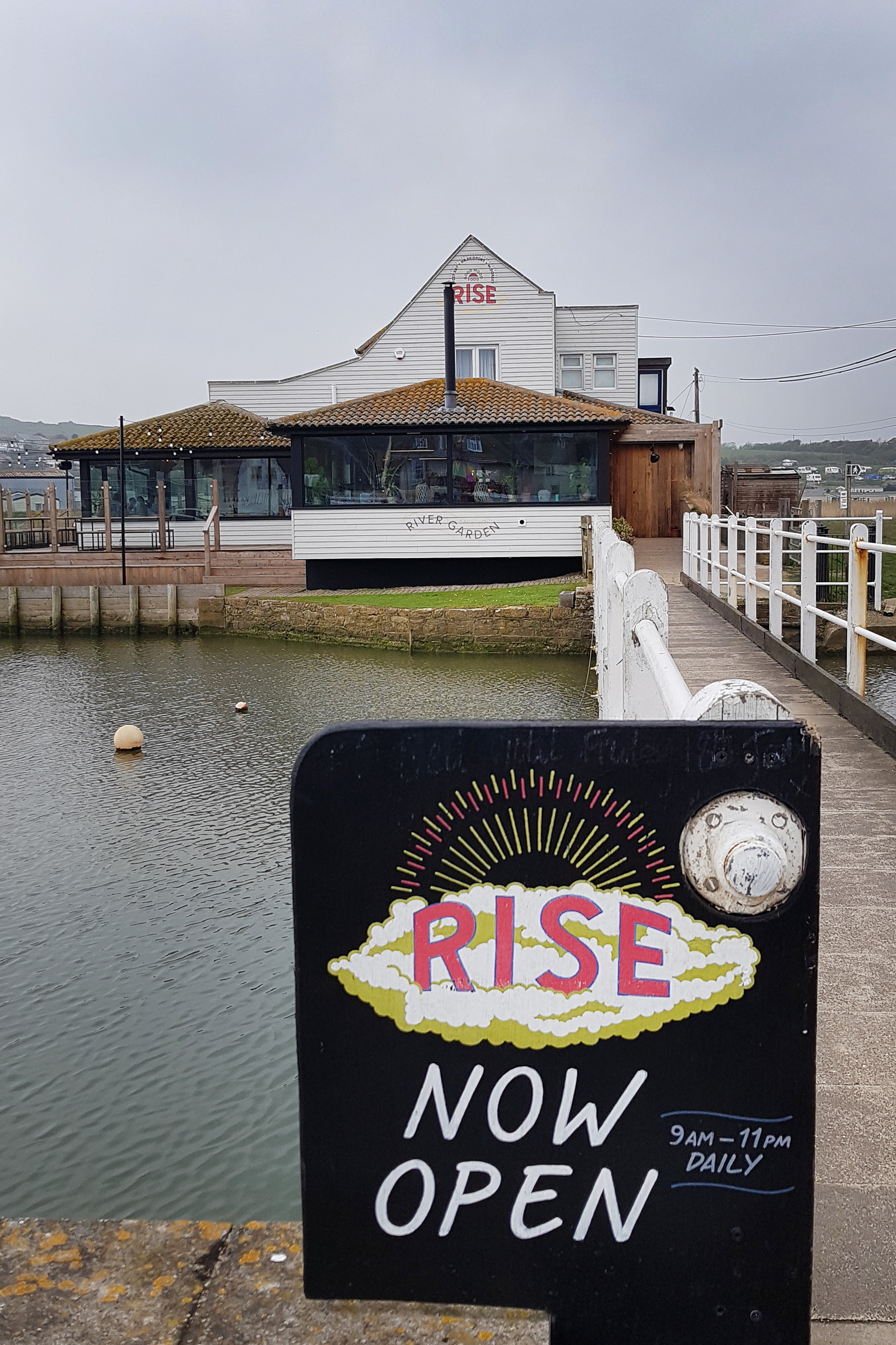 Rise, West Bay