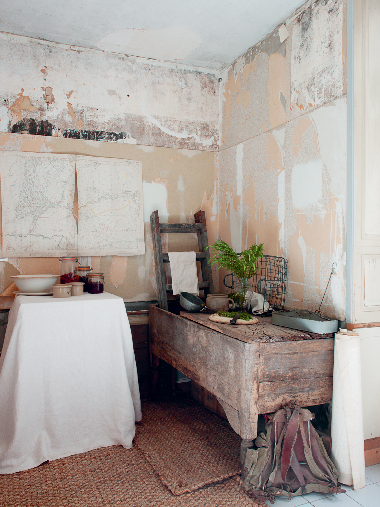 Decorate your home with forage finds