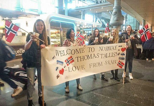 Varm velkomst venter London elever på besøk til Skåbu!
