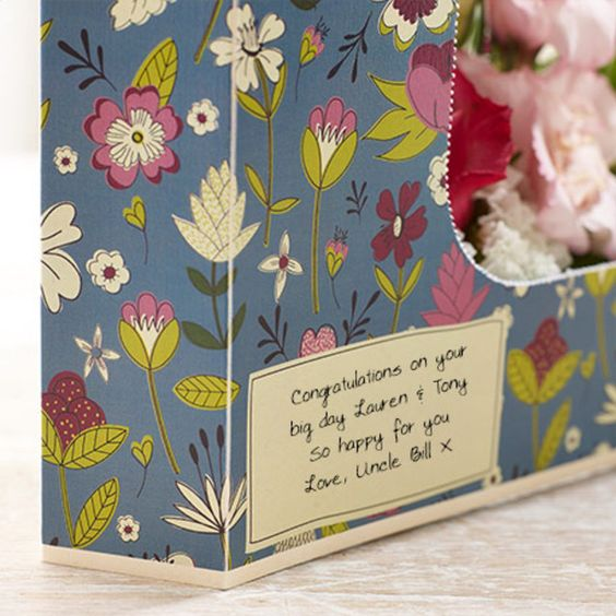 flower card repeat pattern