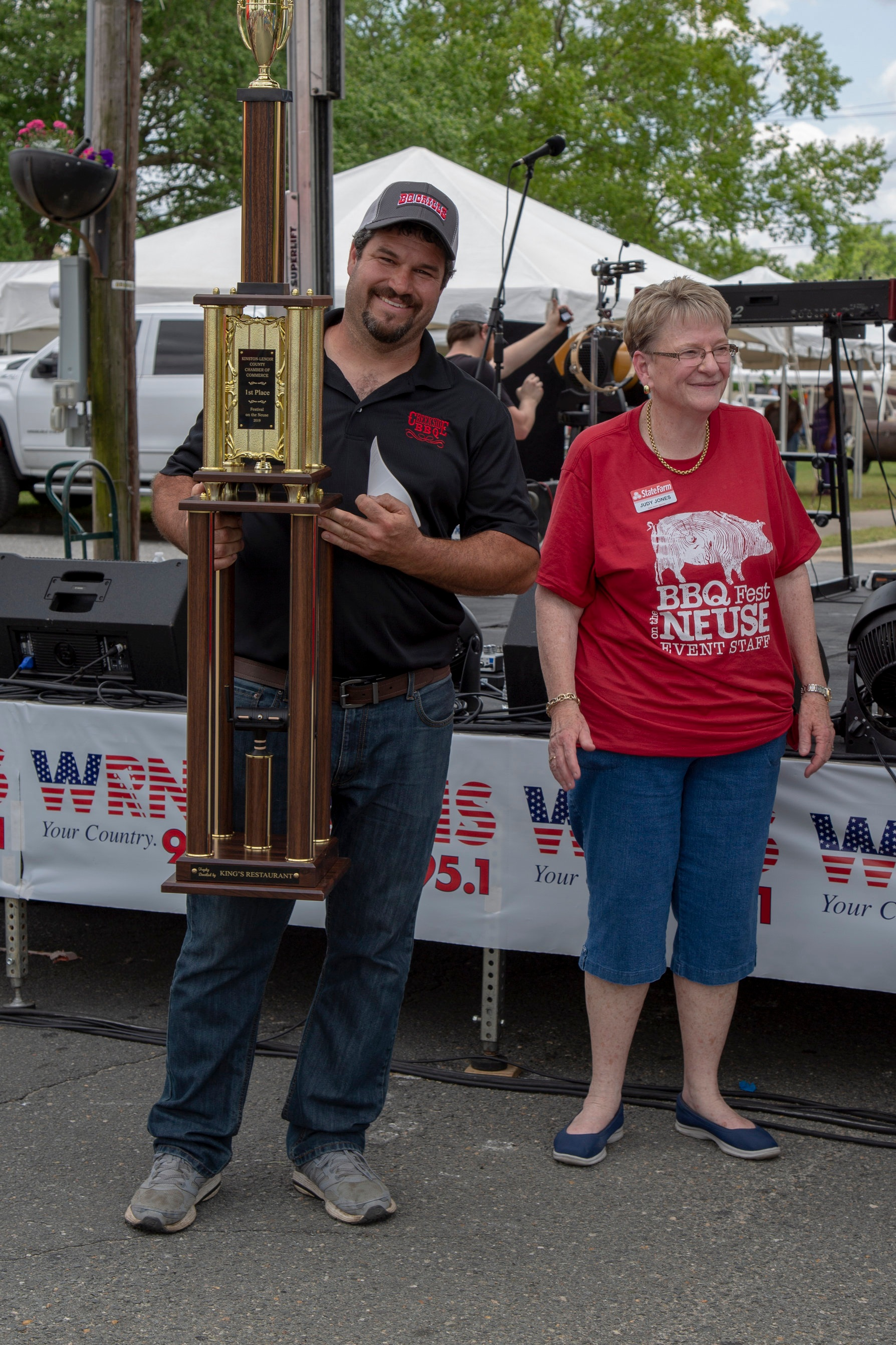 1st Place Team Team Jason Williams, Creekside BBQ Sponsor: Mill Creek Enterprise $500 and Trophy