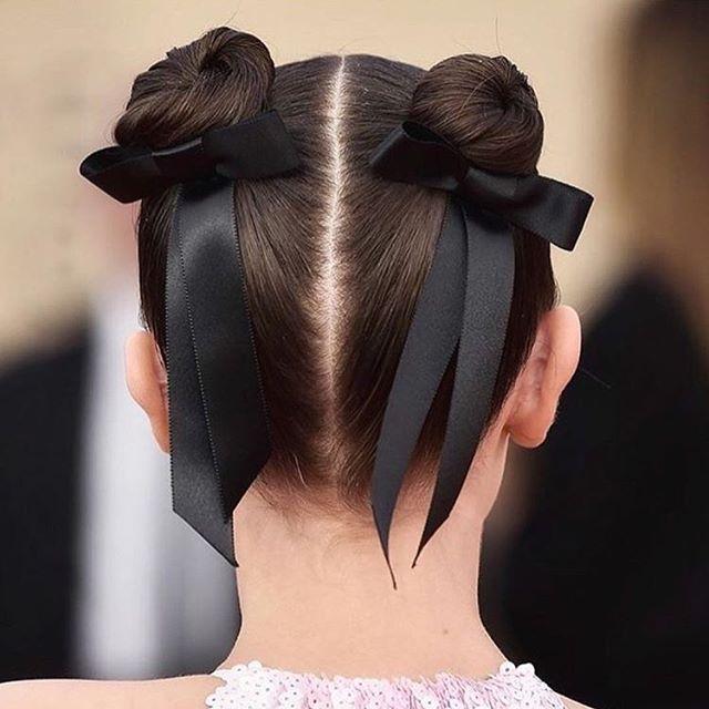 @milliebobbybrown hair looked super cute and fun at the SAG Awards ❤️ . . . . . . #hair #naturalhair #hairinspiration #hairinspo #beauty #beautyblogger #hairblogger #london #girlboss #entrepreneur #acv #applecidervinegar #hairtreatment #natural #haircleanse #haircare #haircareph #naturalhairjourney #bblogger #fashion #fashionblogger #hairofinstagram #beautysecret #beautycare #blonde #brunette #sagawards #sagawards2018 #strangerthings