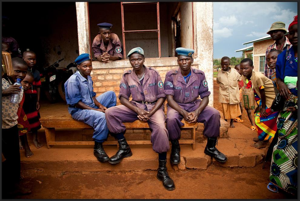 Police, Burundi   © Tom Martin