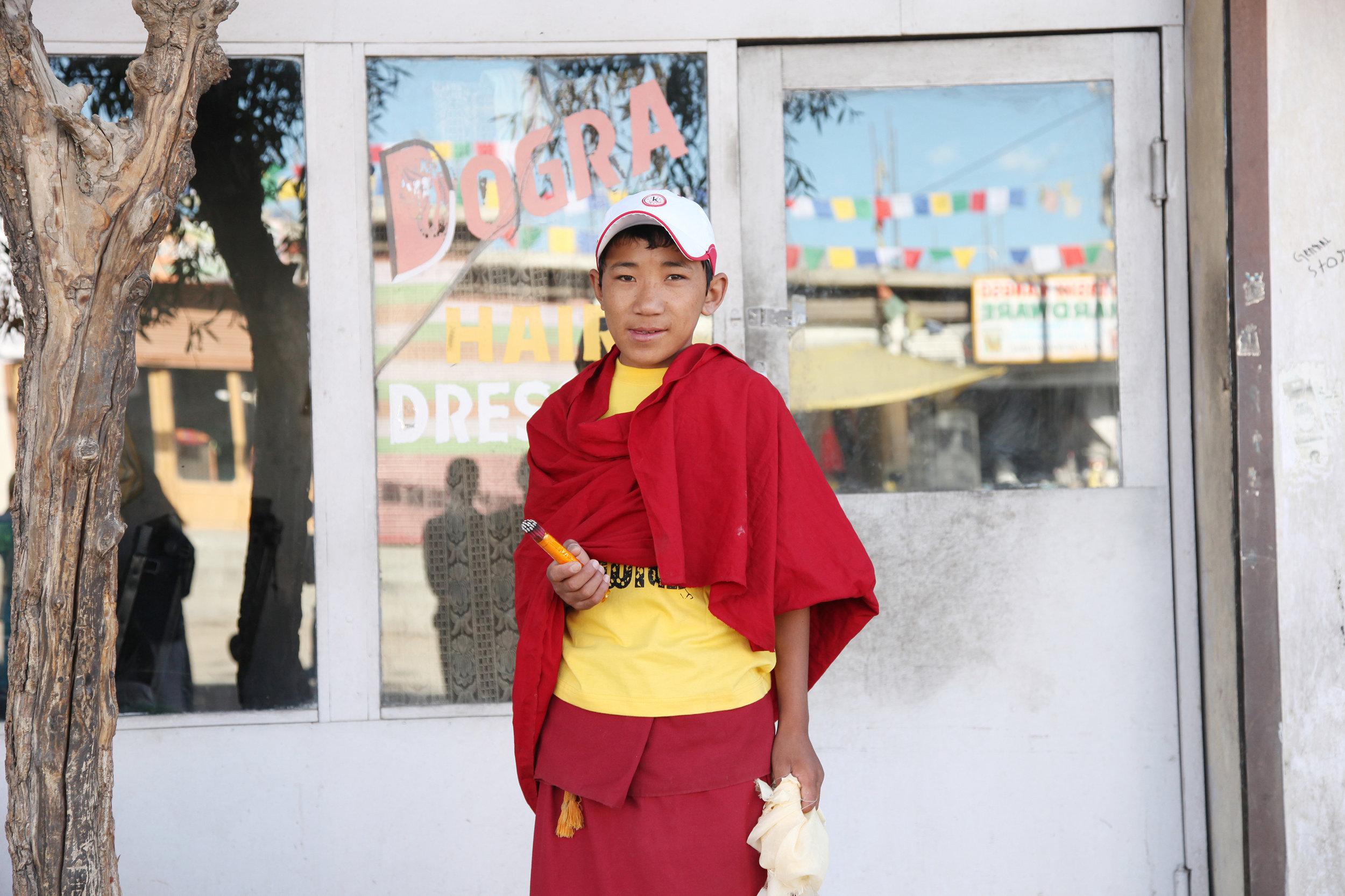 Dalai Lama Drives By