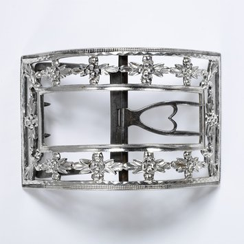 London, c. 1790 Buckle, Silver, bright-cut and granulated with steel V&A Museum