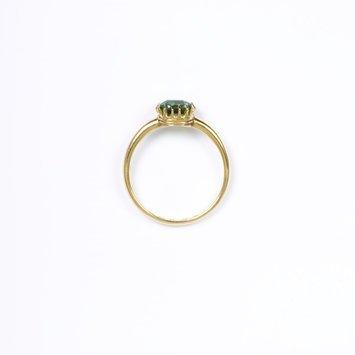Europe, c. 1800-1913   Ring, demantoid garnet, set in gold   V&A Museum