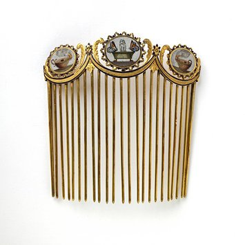 Rome, c. 1810   Comb, gold set with micromosaics, glass beads and enamels   V&A Museum