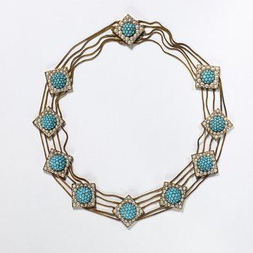 England, c. 1820-1830 Necklace, gold, pave turquoises and half pearls. V&A Museum