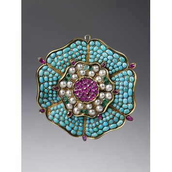 England, 1830-1840   Brooch, gold pave turquoises, rubies, emeralds and pearls   V&A Museum