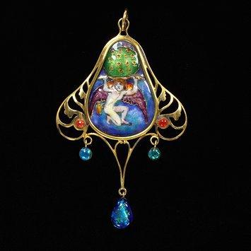 Scotland, c. 1902 Foiled enamel, gold, glass pendant V&A Museum
