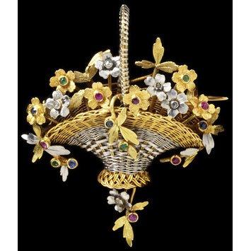 Paris, c. 1890 Platinum, gold, enamel, rose-cut diamonds, rubies, emeralds and sapphires V&A Museum