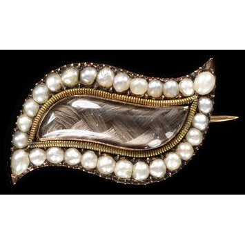 England, c. 1775-1800 Brooch with gold, pearls, hair under rock crystal V&A Museum