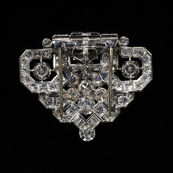 England, c. 1940   Dress clip with double prong backing, platinum set with diamonds   Cartier   V&A Museum