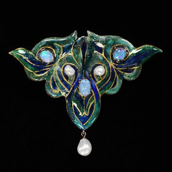 France, c. 1901    Brooch, enameled copper set with opals and pearls    V&A Museum