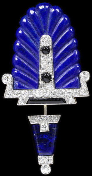 Lapis Lazuli Brooch. Cartier 1920-1930. V&A Museum.