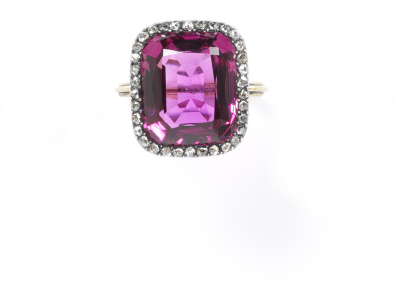 Pink Topaz and Diamond Ring 1800 -1 869. V & A Museum 1309-1869