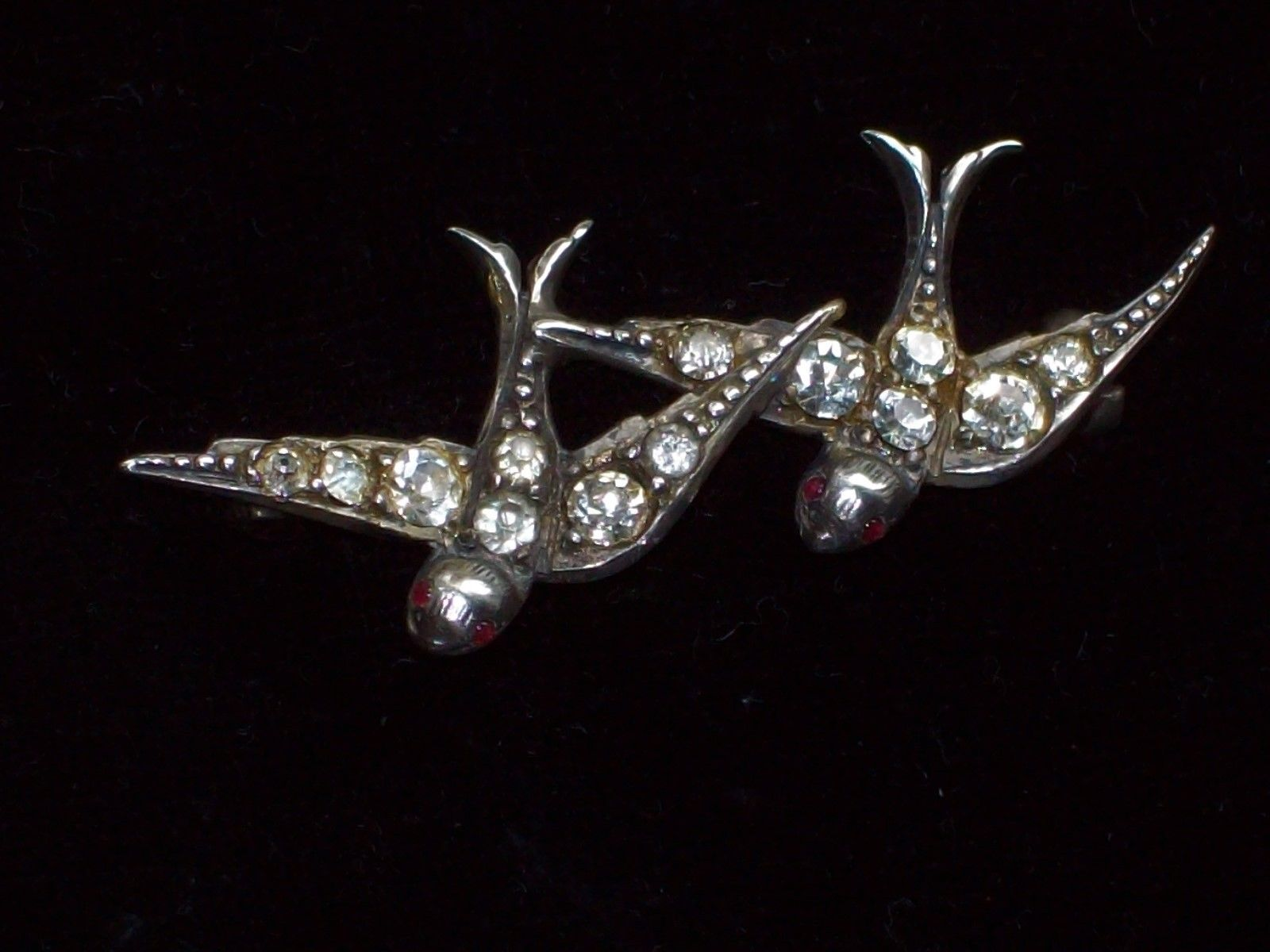 Victorian Swallow brooch. Two swallows signified romantic love.
