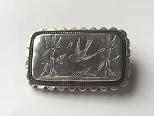 Aesthetic Movement (Late Victorian) 'Sweetheart Brooch'. Swallows are known to mate for life so were therefore often given to one's sweetheart. Brooches with the swallow motif are often known as 'sweetheart brooches'.