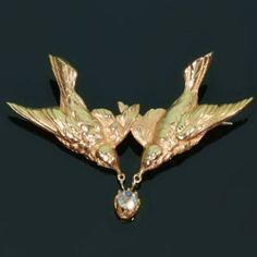 Victorian 'love bird' brooch.