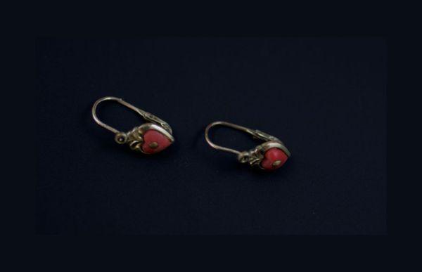 Victorian Heart Earrings. Elder and Bloom.