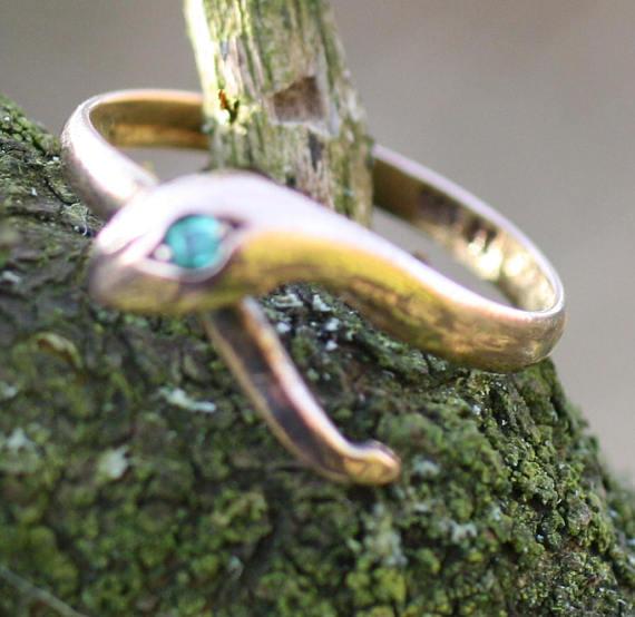 Antique 14k Gold Green Gem Snake Ring