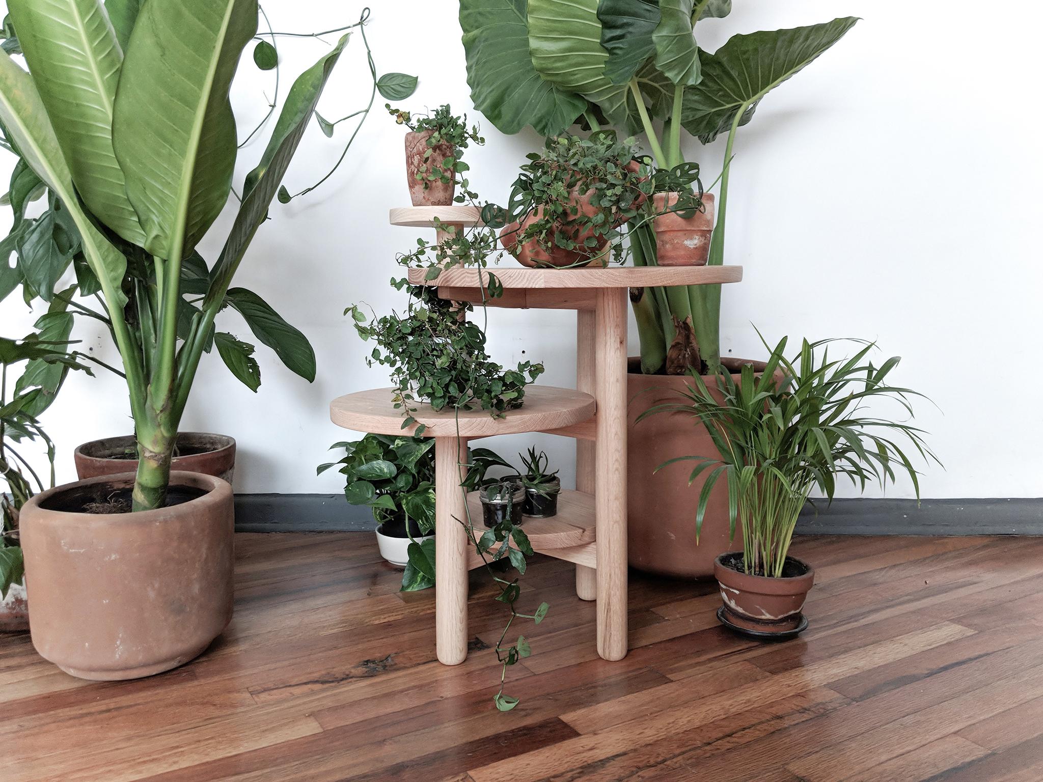 Acuña side table.