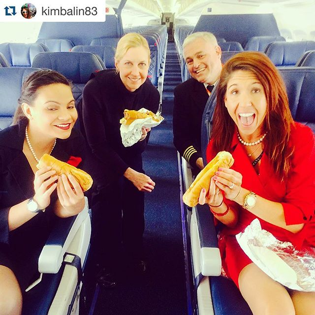 We want on this flight 📸 @kimbalin83 - You know it's going to be a good day when the Captain buys hot dogs for the crew on a tight turn @luckydogsnola #neworleans #tightturn #flightattendant #fly #crewlife #crew #hurryandeat #canweboard #bestpilot #hotdogs #hotdiggitydog #louisarmstrongairport #luckydogsnola
