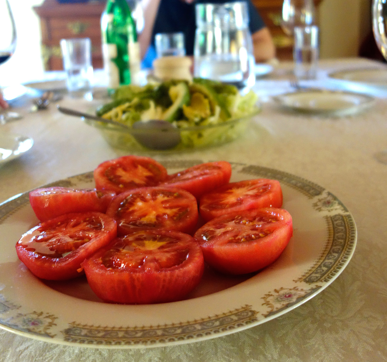 Fresh, Fresh tomatoes