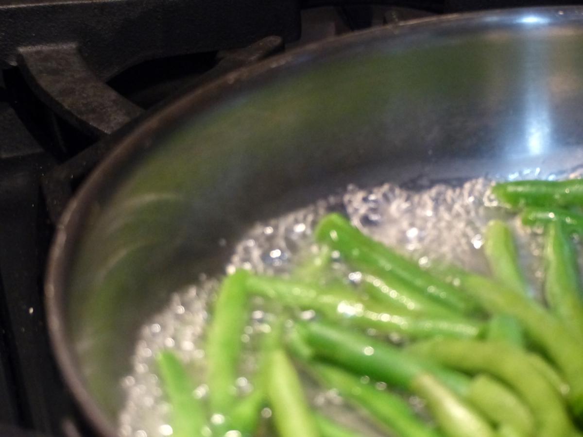 String beans blanching