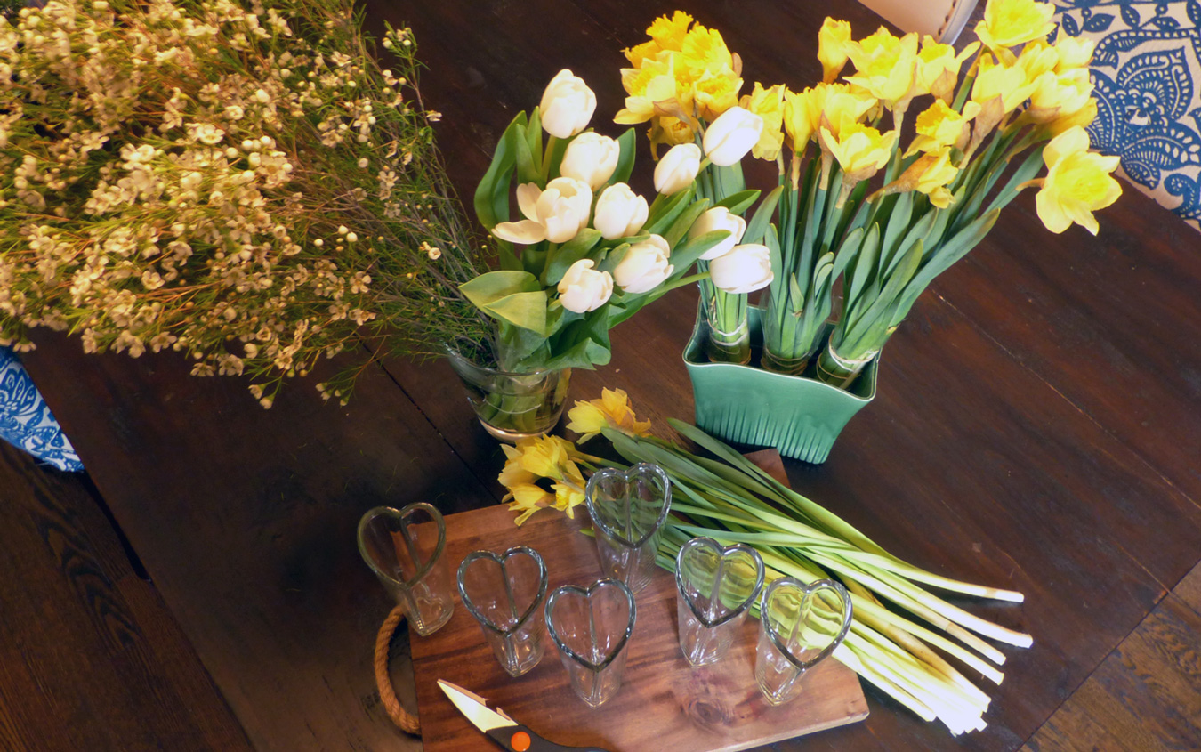 Tulips, daffodils and baby's breath