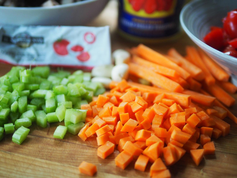 carrots.celery.cut.jpg