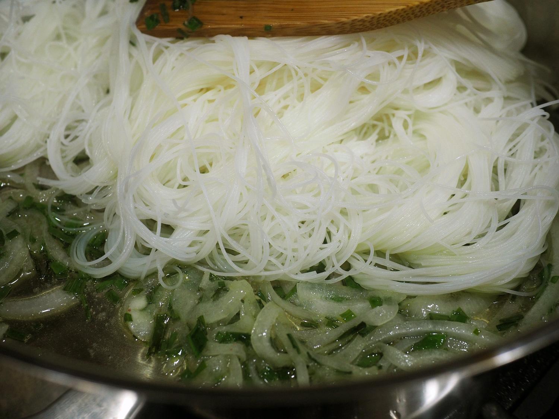 rice.noodle.cook.jpg
