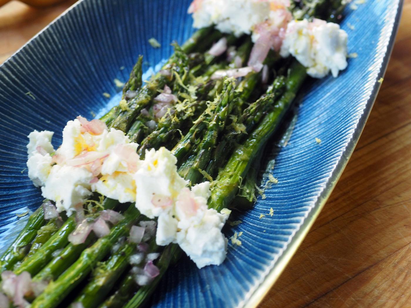 asparagus.goat.cu.jpg