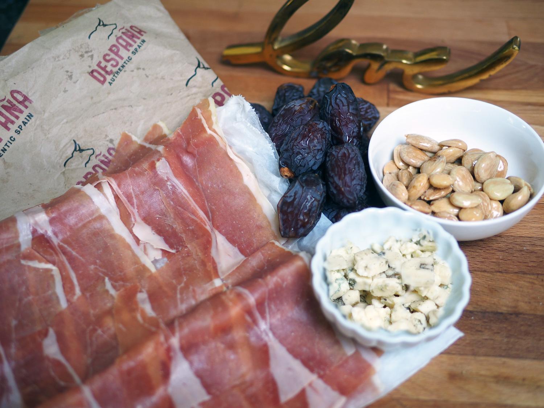 Simple set up of jamón Serrano, gorgonzola, marconas & dates.